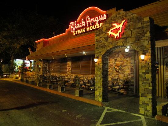 jobs for felons, company profile, Black Angus Steakhouse, restaurants, steakhouses