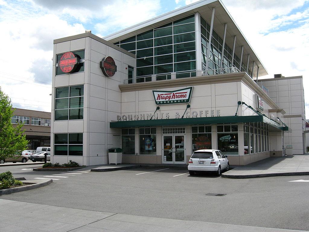 does Krispy Kreme hire felons as bakers